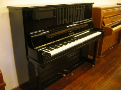 Pfeiffer piano