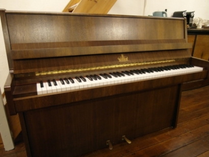 Willis piano