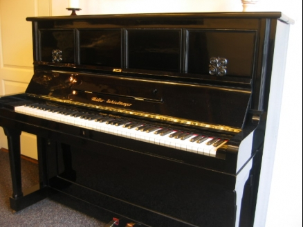 Muller-Schiedmayer piano